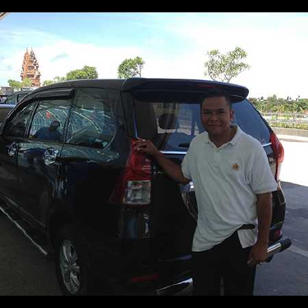 Hire Bali car driver for Private Tour