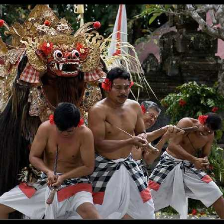 Tari Barong - Hire Bali car driver for Private Tour
